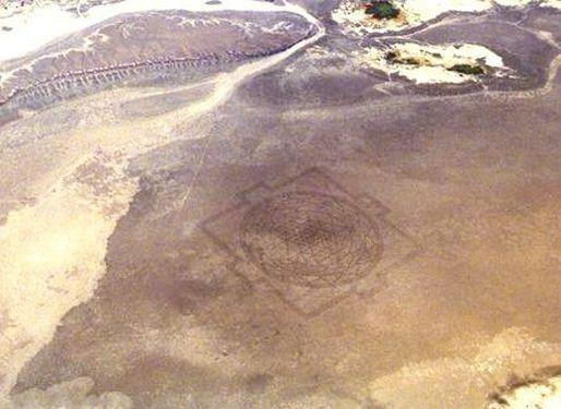 Sri_Yantra_Alvord_Desert_Oregon