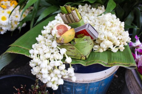 Thai-temple-offerings-betel-nut-jasmine-tobacco-960x640.jpg