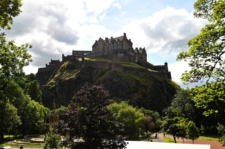 edinburgh-castle-959083_960_720.jpg