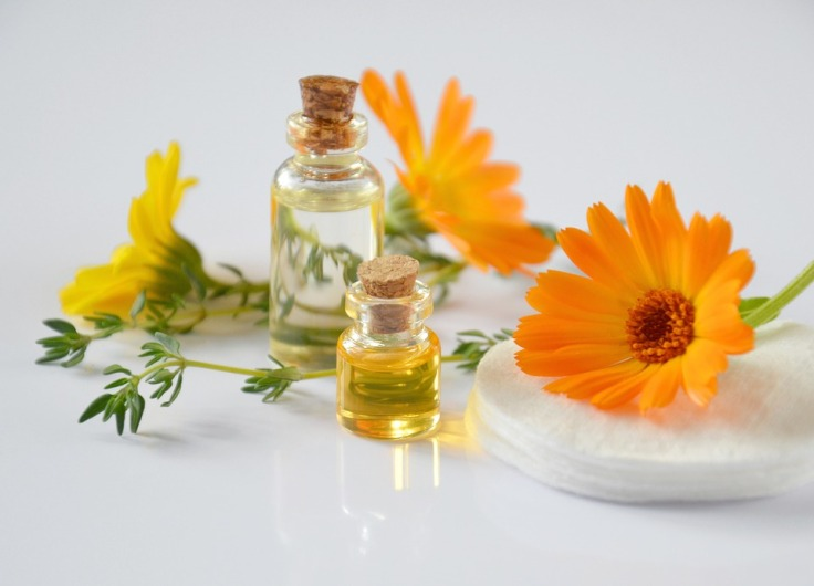 essential-oils-2738555_960_720