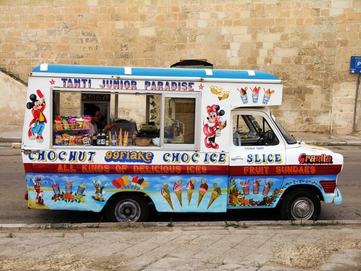 ice-cream-2198135_960_720.jpg