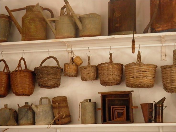 baskets-1001439_960_720